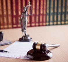 Signature d'une charte des bonnes pratiques pour les affaires familiales entre les magistrats, notaires, avocats, universitaires