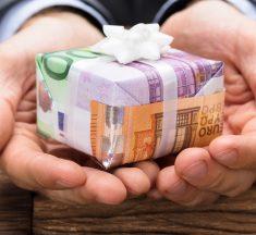 Dons familiaux de sommes d'argent : exonération temporaire de droits de mutation à titre gratuit dans la limite de 100 000 €